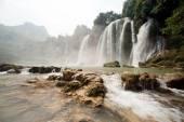 Ban Gioc waterfall in Vietnam. — Stock Photo