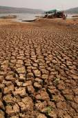 Cracked clay ground into the dry . — Stock Photo
