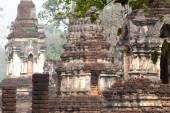 Ancient Pagodas in Wat Jed Yod in Si Satchanalai Historical Park — Stok fotoğraf