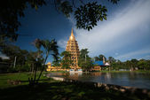 Pha That Chedi Sri Pho Thong Is Pagoda In Wat Ta It,Thailand. — Foto de Stock