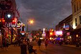Tourists on Beale Street, Memphis — Stock Photo