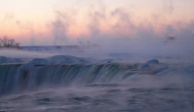 Morning Fog at Horseshoe Falls — Stock Video