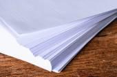 Pila de hoja de papel blanco tamaño a4 — Foto de Stock