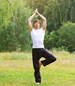 Yoga man relaxation outdoors — Stock Photo