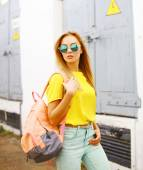 Fashion photo stylish hipster woman in sunglasses posing in the  — Stock Photo
