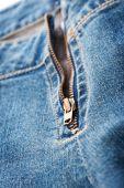 Makro av blå denim jeans dragkedja — Stockfoto