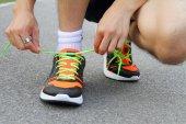 Zawiązać buty — Zdjęcie stockowe