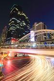 Красивый мост и свет размытия движения автомобиля — Стоковое фото