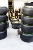 Scuderia Toro Rosso. Mechanics. Checking the tyres before the ra — Stock Photo