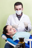 Patient afraid the dentist injection — Stock Photo