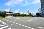 Bekijken van hoge gebouwen in yokohama, japan — Stockfoto
