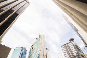 View with the tall buildings in Makati, Manila — Stock Photo