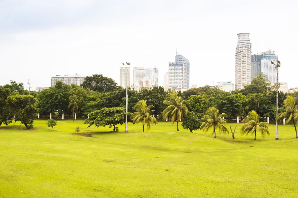 Rizal Park also Luneta Park or colloquially Luneta, Manila — Stock Photo