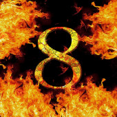 Digit number 8 eight. Fire alphabet letter cracked isolated on black — Stock fotografie