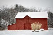 Red Barn in White Snow — Stock Photo