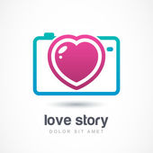 Abstract colorful photo camera with heart lens. Vector logo icon — Stock Vector