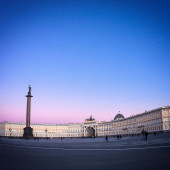 Palace Square in St. Petersburg — Stock Photo