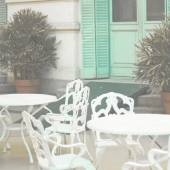 Summer cafe with chairs and tables — Stock Photo