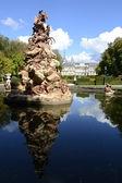 Fuente de la fama, palace in background — Photo