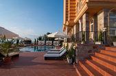 Swimmingpool des hotels — Stockfoto
