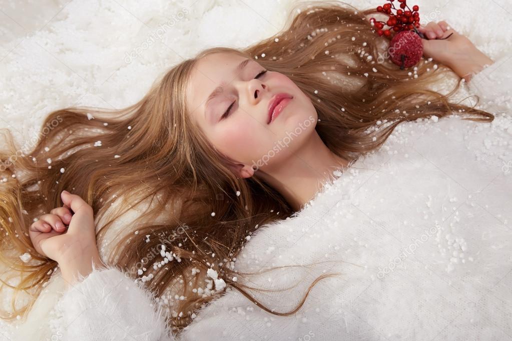 Скачать фото самая красивая миниатюрная девушка фото 151-445