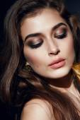 Beautiful sexy woman golden makeup brunett pink lips — Stock Photo