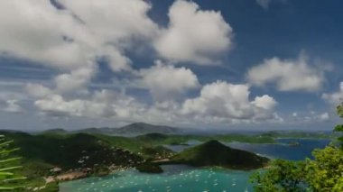 TL Coral Bay Mid Day Clouds — Stock Video