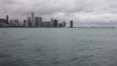 Michiganské jezero s panorama Chicaga — Stock video