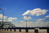 Bridge road far — Stock Photo