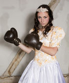 Princess with boxing gloves — Stockfoto