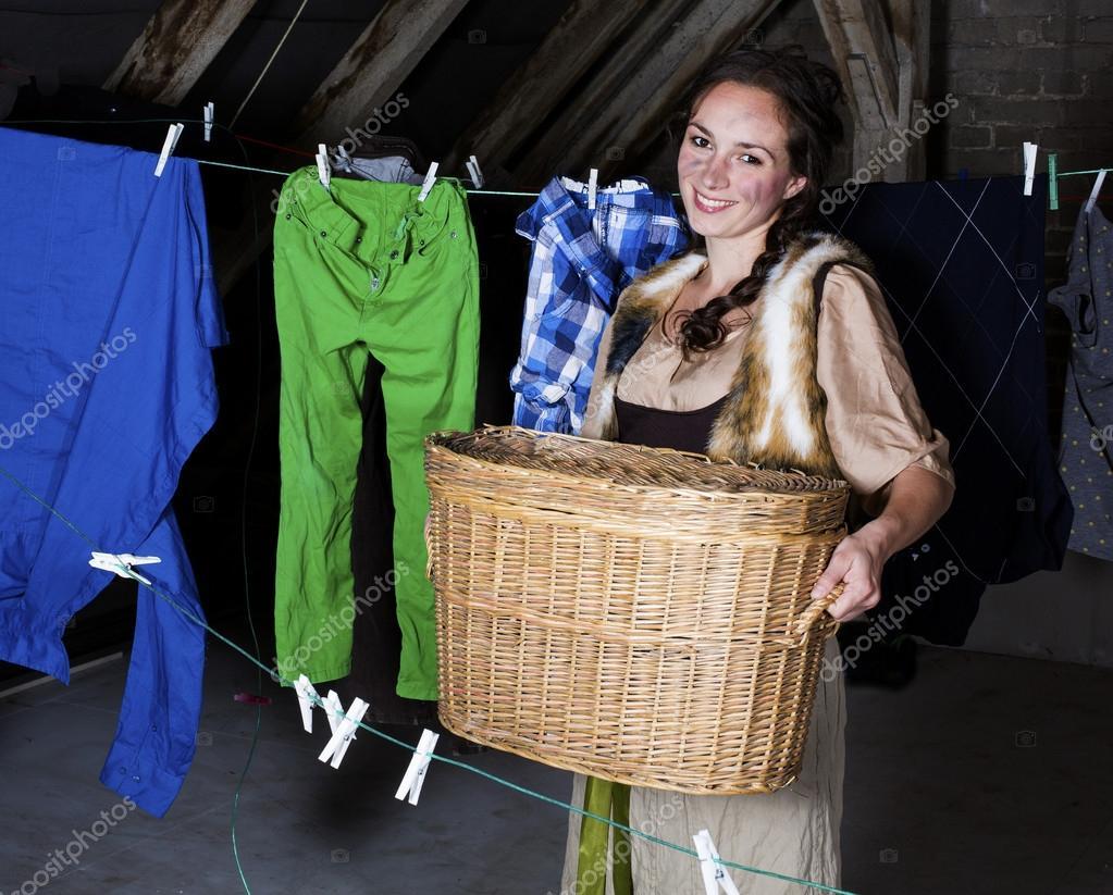 Cenicienta lavando — Foto de stock © wernerimages #54477929