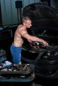 Auto mechanic — Stock Photo