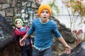 Two boys on playground — Foto de Stock