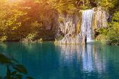 Waterfalls and lake, Plitvice National Park — Stock Photo