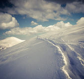 Snowy winter landscape in the mountains.  — Stock Photo