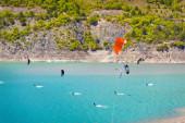 Windsurfing on the lake Serre-Poncon — Stock Photo