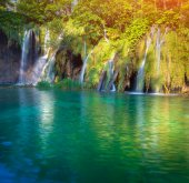 Waterfall with turquoise water — Foto de Stock