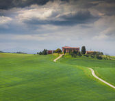Cloudy morning on countryside in Tuscany — Stock Photo