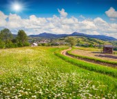 Landscape in the mountain village — Stock Photo