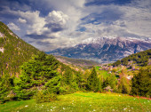 Summer morning in the Italian Alps. — Stock Photo