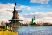 Authentic Zaandam mills — Stock Photo