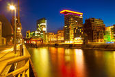 Rhein river at night in Dusseldorf — Stock Photo
