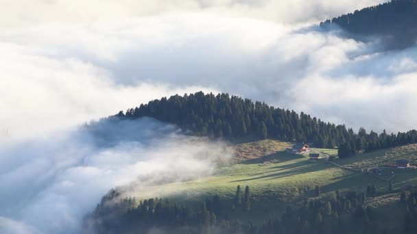 Foggy summer sunrise in Italian Alps — Vidéo