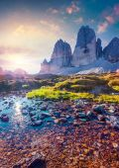 Colorful summer sunrise on the lake Rienza — Stock Photo
