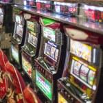Постер, плакат: Slot machines