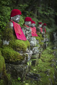 Small statues at Okunoin Cemetery — Stock Photo