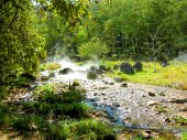 Hot spring in the Mountains — Stock Photo