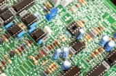Electrical components on circuit board — Стоковое фото
