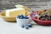 Fresh Blueberry Muffin on Rustic Burlap — Stock Photo