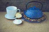 Cup of hot tea and teapot with Instagram Style Filter — Fotografia Stock